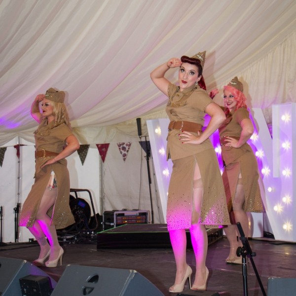 Glamping with Brook Bell Tents at Retrofestival